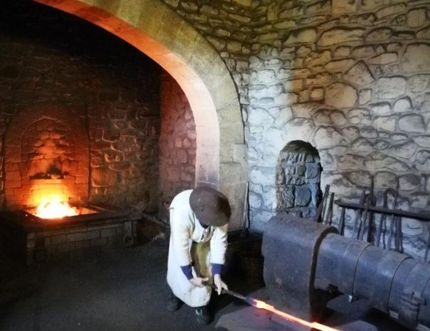 Mirandaola-iron-factory-Wilextours
