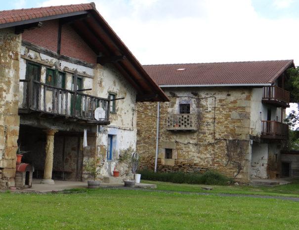 Traditional-Basque-Caserio-home-Berroja-Wilextours
