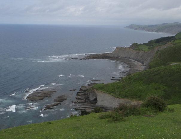 Zumaia-Sakoneta-Geoparkea-Cliff-Wilextours